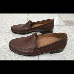 """FLORSHEIM """"Imperial"""" Leather Loafers"""